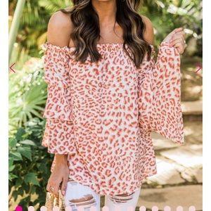 Tops - Animal print blouse